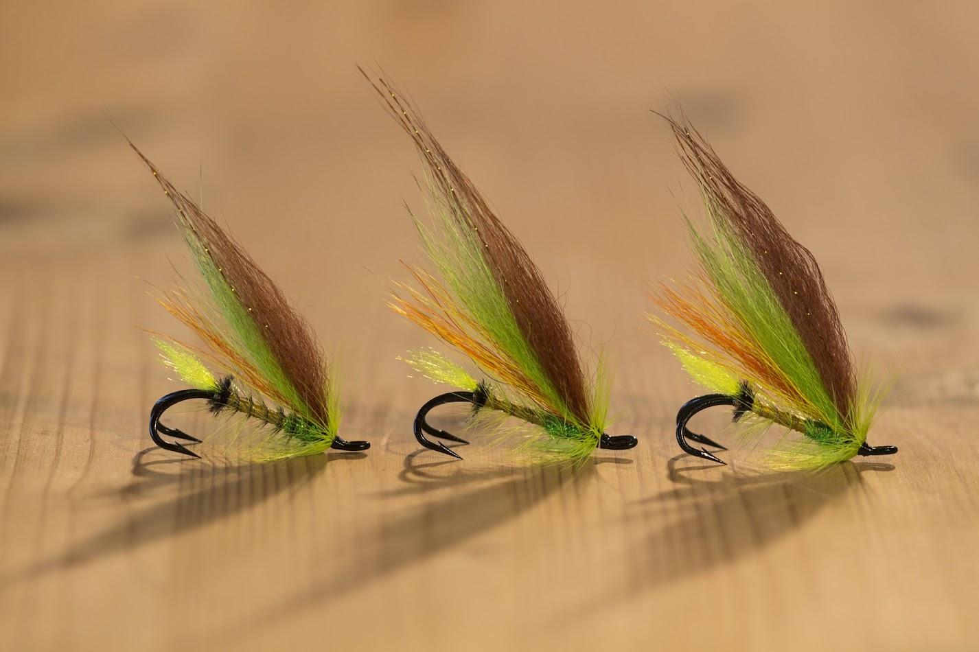 Сьомгови мухи на двойни куки