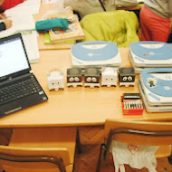 5_infante_robots_and_magalhaes_laptops.JPG