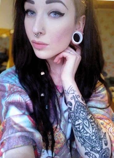 Resultado de imagen para expansiones en las orejas mujeres