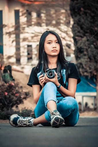Camera Girl | Portraits of Women | People | Pixoto