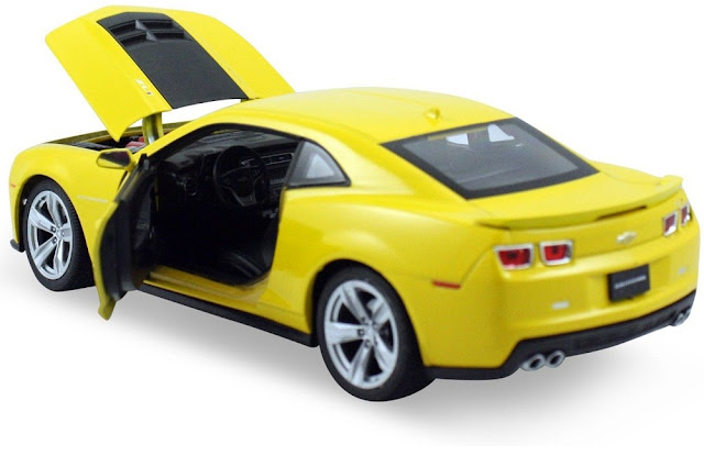 Hình ảnh tinh tế bắt mắt của chiếc xe mô hình Chevrolet Camaro ZLI