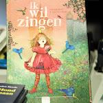Boekpresentatie en voorlees voorstelling IK WIL ZINGEN 2015 Nieuwe Boekhandel van Monique Burgers 47.JPG