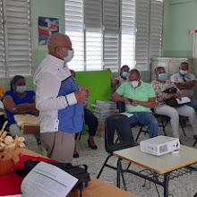 VICENTE NOBLE: Distrito 01-05 realiza encuentro con directores para socializar entrega Kits utilería escolares.