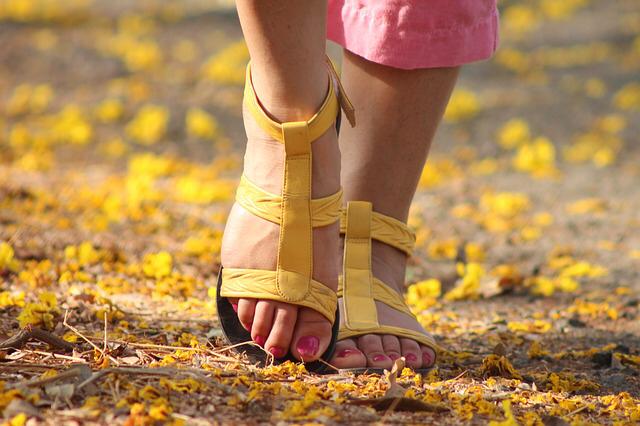 caminar-paseo-verano-vacaciones-propositos