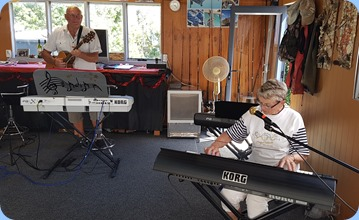 Kevin Johnston accompanying Jeanette Harding on her Korg Pa3X