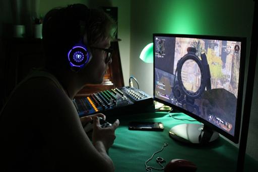 Meja Gaming Terbaik