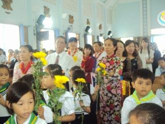 Giáo xứ Ba Ngòi khai giảng năm học giáo lý 2014-2015.