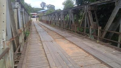 Kondisi Jembatan Soket-Seberang Sekadau Memprihatinkan