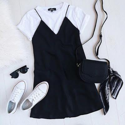 Vestido preto com blusa branca