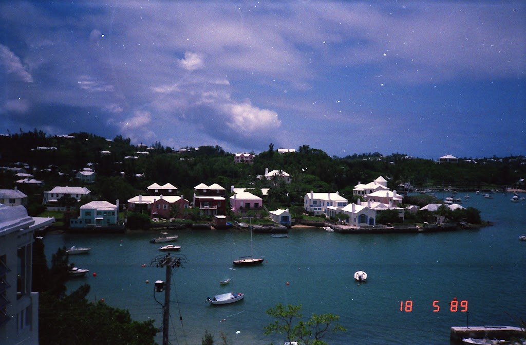 0590Around Bermuda