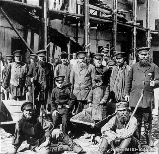 russian_workers_01
