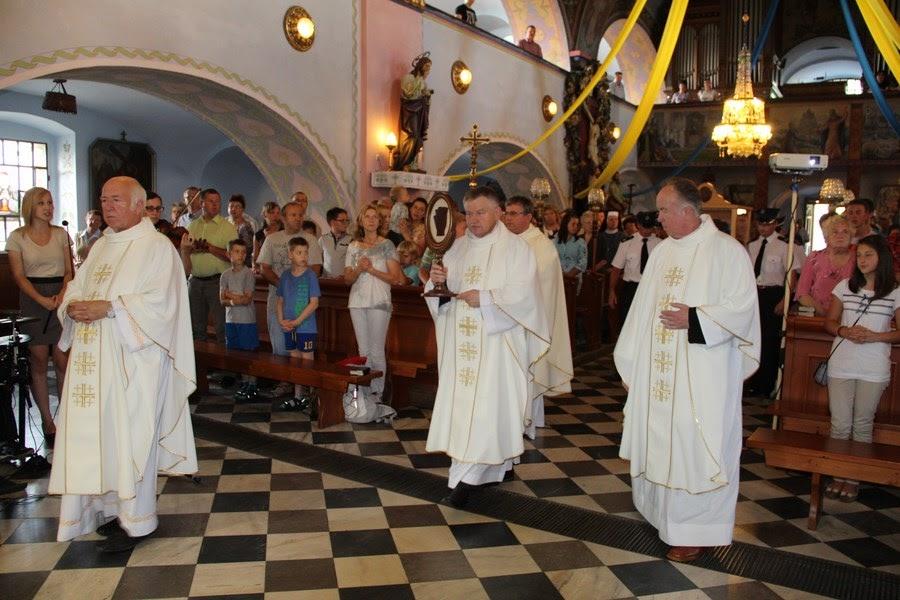 Z relikwiami św. O.Pio w Istebnej - IMG_3444.JPG