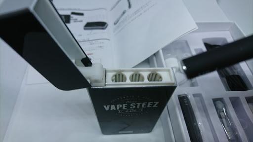 DSC 4110 thumb%255B2%255D - 【MOD】「Vape Steez VS-1スターターキット」レビュー。アトマイザー入れつき。超小型パワーバンクと細型煙草サイズのVAPEスターターキット!くわえVAPE可能【X-TC1/Malle/Emili/iOQS/電子タバコ/VAPE】