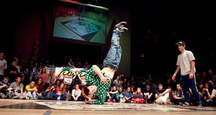 Urban Dance Africa - denis_02.jpg