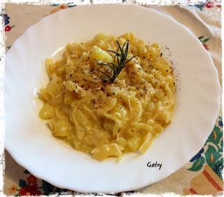 Pasta e patate con scamorza affumicata, dello chef Antonino Cannavacciuolo