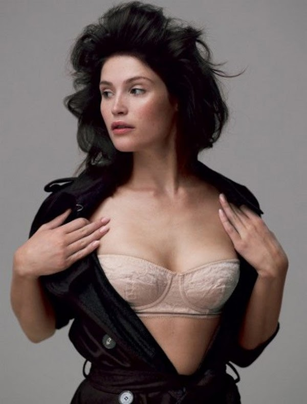 Gemma Arterton took her top off for LA Times Magazine:celebrities0