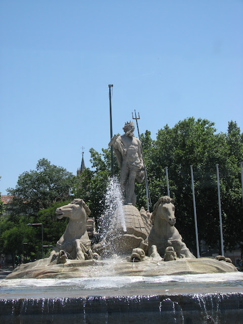 Fuente de Neptuno (Fountain of Neptune) in the Plaza de Canovas del Castillo
