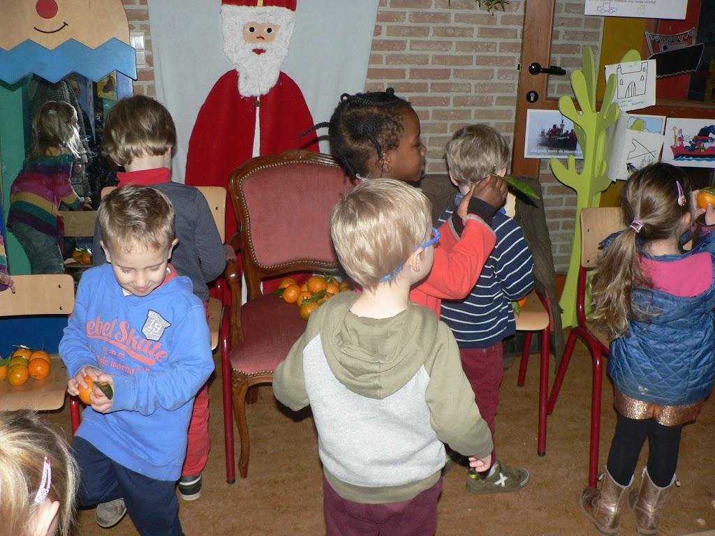 Sinterklaas op bezoek - P1270231.JPG