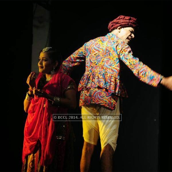 The performance, which spans through the heart rendering romantic tale held the attention of the audience till end of the show.