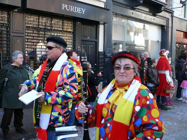 2011-03-06 tm 08 Carnaval in Oeteldonk - P1110668.jpg