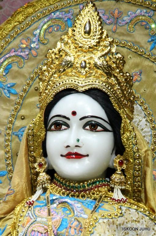 ISKCON Juhu Mangal Deity Darshan on 24 April 2016 (17)