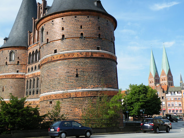 Sightseeing in  Lubeck Altstadt Holstentor, Germany, visiting things to do in Germany, Travel Blog, Share my Trip