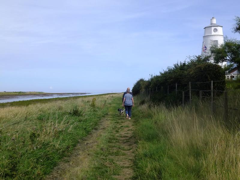 Path past the Scott Lighthouse