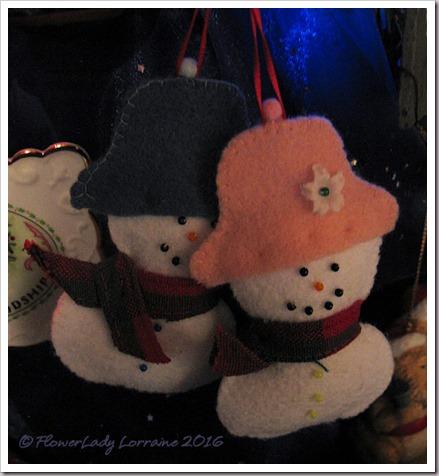 12-08-mr-mrs-snowman