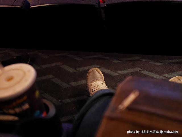 【景點】台中秀泰廣場影城站前店-Showtime Cinemas@東區干城-台中車站 : 小而美的精緻影廳, 不過這樣票價好像應該要有點空間 區域 台中市 影城 旅行 景點 東區 電影