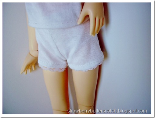 5 a Week: Doll Sized Shorts: White Shorts with Lace