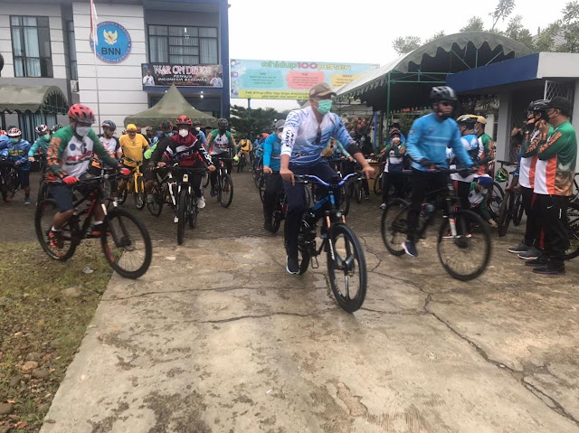 Gowes 18 Kilometer, BNN Kampanyekan War On Drugs di Balangan