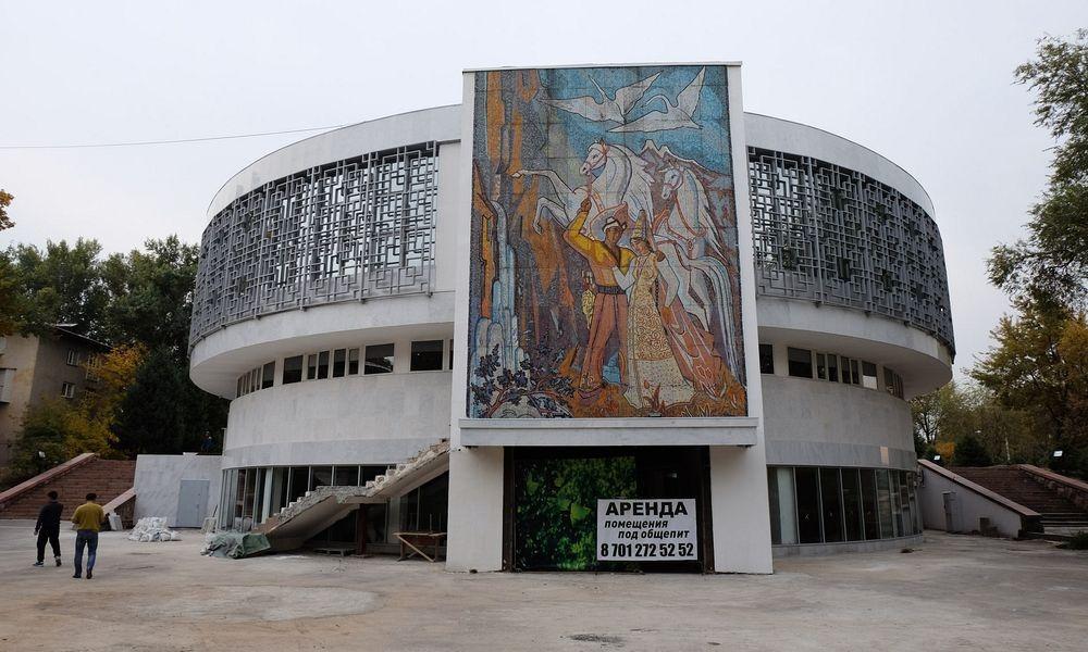 soviet-murals-2