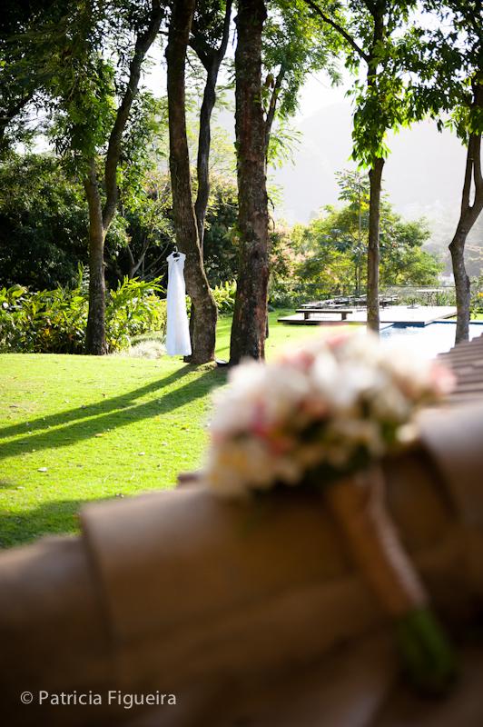 Foto de casamento 0035 de Daniela e Solano. Marcações: 30/07/2011, Casamento Daniela e Andre, Cristina Casteloes, Fotos de Vestido, Rio de Janeiro, Vestido, Vestido de Noiva.