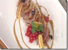 Arrosto di petto d'anatra tiepido con salsa cannella e mele