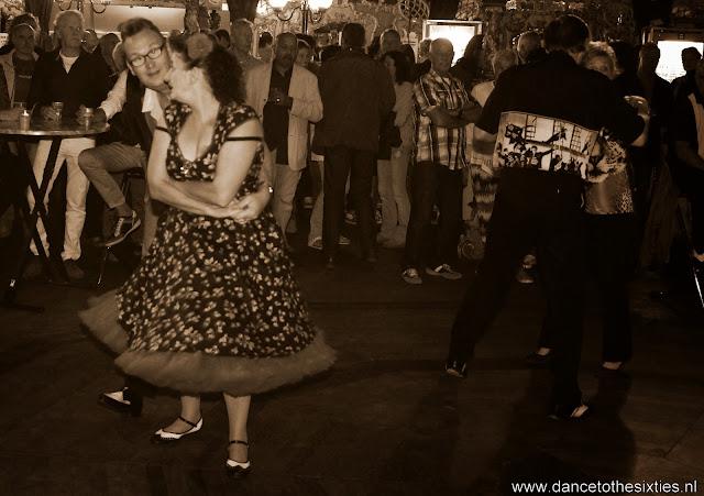Naaldwijkse Feestweek Rock and Roll Spiegeltent (22).JPG