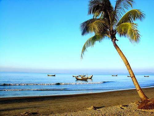 St. Martin Island Beach
