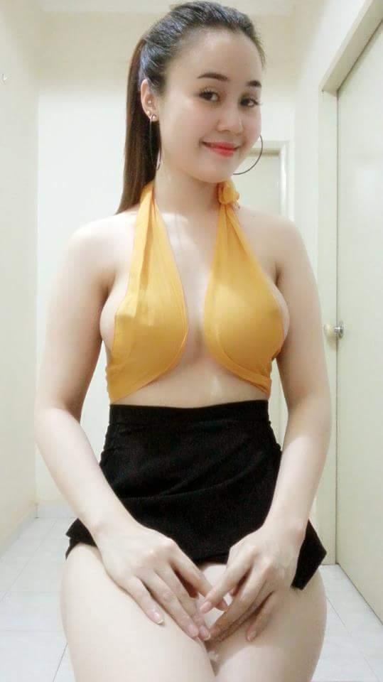 Hotgirl Kim Liên tự sướng táo bạo
