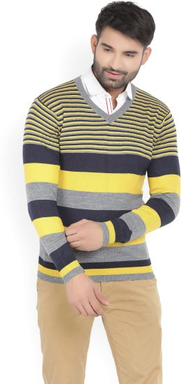 Flipkart Deal - Numero Uno Stripped V-neck Men's Casual Sweater at Just Rs.525