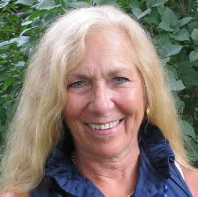 Christina Abbott Photo 23