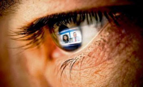 The Sad Truth About Facebook Happiness