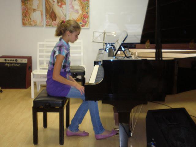 2011/2012  õppeaasta  pidulik avaaktus muusikaosakonnas. - P9010076.JPG