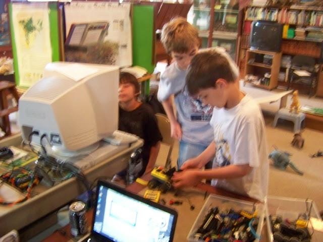 2011 Robotics Program - 100_2165.jpg
