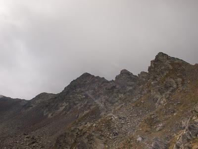 Cresta del Port de Rat, amb el Cataperdís al mig