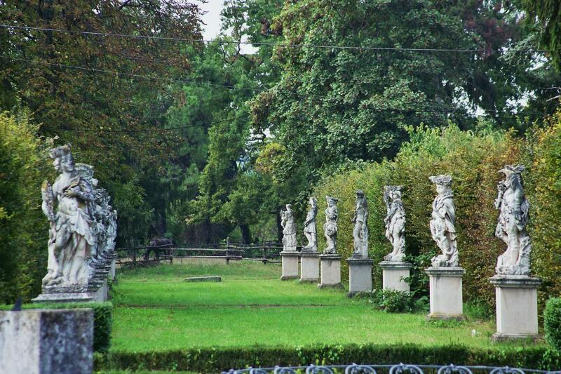 Vivi amo villa breda villa breda - Statue giardino ...