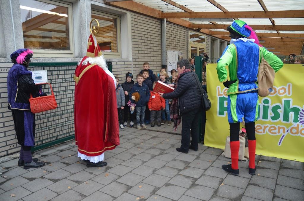 Sinterklaas op bezoek - Pluishoek%2B1dec%2B2017%252804%2529.JPG