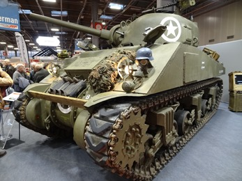 2019.02.07-095 char Sherman M4A4 (17h21)