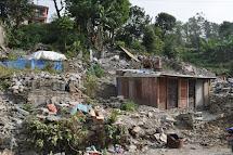 Pro lidi, kteří kvůli zemětřesení přišli o dům i živobytí, vznikly tábory pro vnitřní uprchlíky. (Foto: Petr Drbohlav)