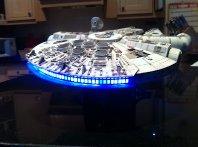 Finemolds 1/72 Millennium Falcon with Lights