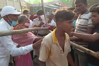बड़ी खबर/Bihar Chunav: चुनावी सभा में CM को चोर कहने के बाद,अब एक युवक ने CM पर फेंका पत्थर, सुरक्षाकर्मियों ने दबोचा