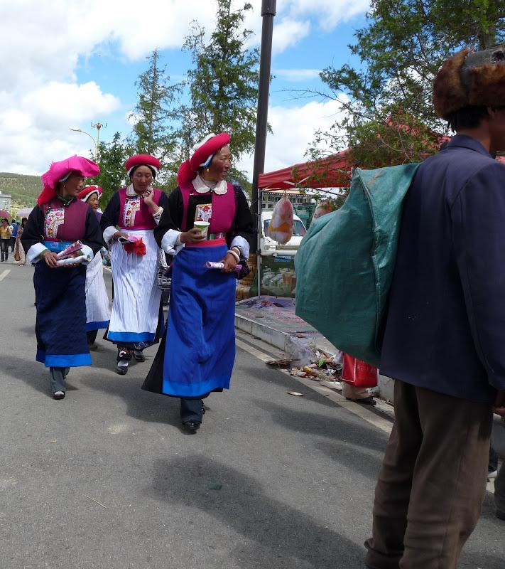 Chine. Yunnan.Shangri la Course hippique annuelle - P1250759.JPG